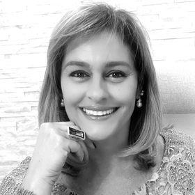 Cidadania Italiana Documentação Funciona? Vale a Pena? É Bom? Tem Depoimentos? É Confiável? Curso da Marta Peres Furada? - by Simbora Viajar